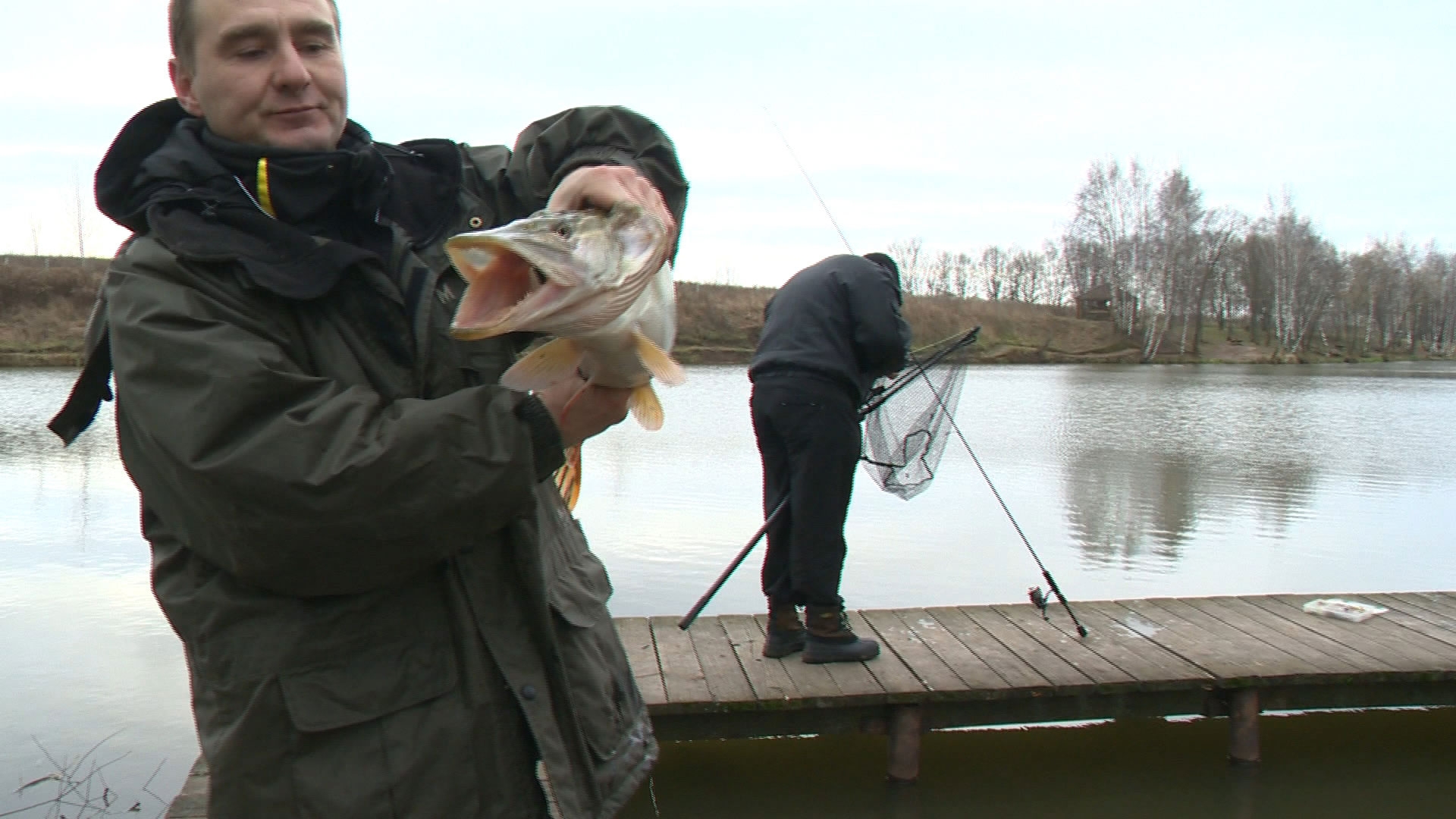 ловля рыбы на экран телевизора